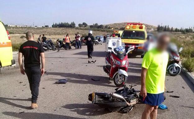 حادث دراجة ناريه